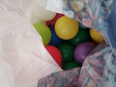 Prilikom - Srbija: Puna kesa loptica, 50komada, veće loptice, raznih boja, bez oštećenja