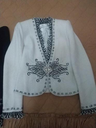 Костюмы - Джалал-Абад: Тройка туретская пару раз одевала 40размер