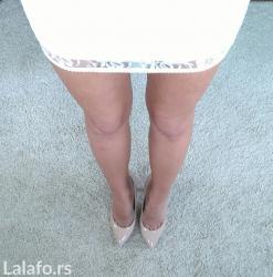 Uska haljinica prljavo bele boje sa cipkom, ima pamučnu postavu - Novi Sad