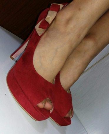 Продам замшевые женские туфельки с в Бишкек