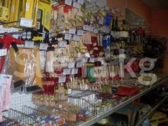 Торговую площадь - Кыргызстан: Срочно !!!!Продается торговый комплекс. Имеется отдел строй