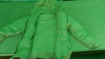 пуховик united colors of benetton в Кыргызстан: Пуховик зимний