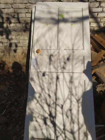 таатан бишкек двери в Кыргызстан: Б/у деревянные стандартные двери