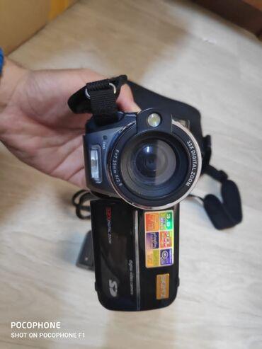 Японская видеокамера - Кыргызстан: Видео камера Sony японская,давно лежит без дела,в отличном