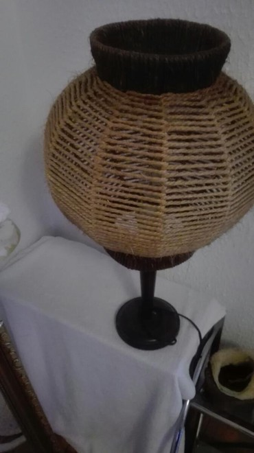 Lampa očuvana - Crvenka