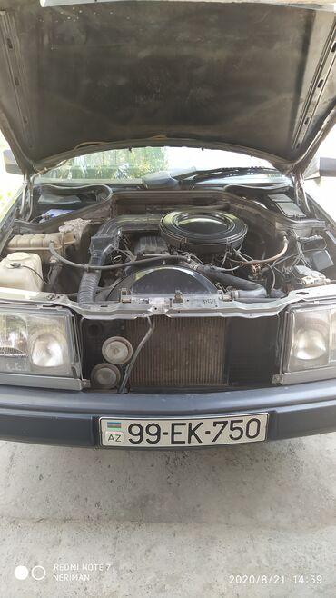 Mercedes-Benz E 200 2 l. 1987 | 300000 km