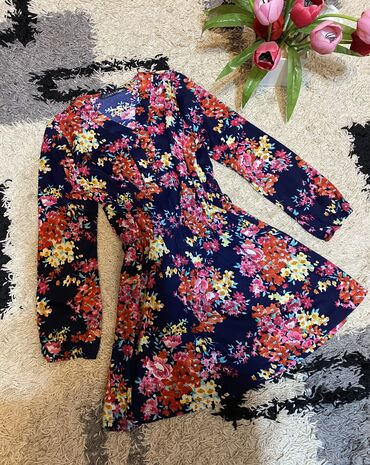 Платье. Красивое и удобное. Производство Турция. Размер 36