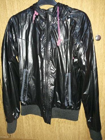 Samo jedan put - Srbija: Zenska jakna za prolece/jesen . Suskavac sa ranflama na rukavima i s