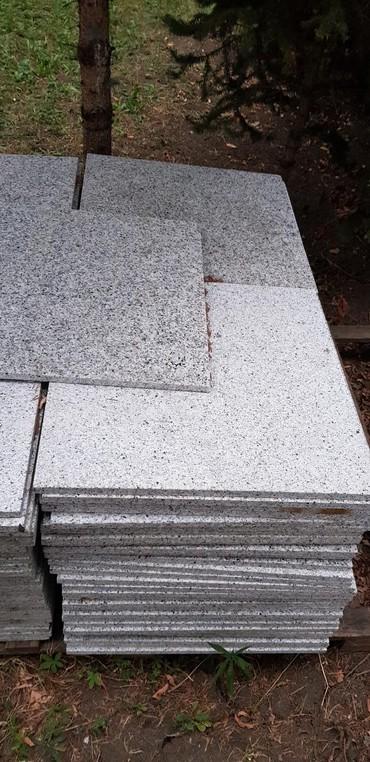 Građevinski materijali | Srbija: Granitne ploce dimenzija 60×60 2cm debljine,117 komada