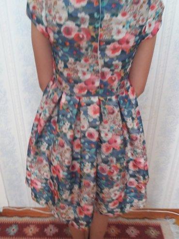Bakı şəhərində Синие платье в отличном состоянии отдавали один раз цена 80ман