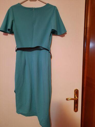 Prelepa haljina s-m