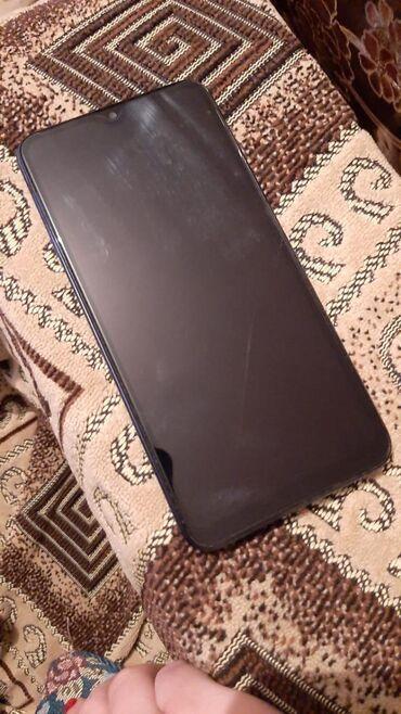 Yeni Samsung A10 qara