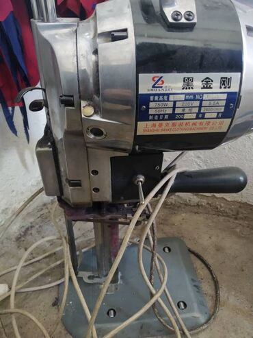 диски r15 4x100 б у в Кыргызстан: Продаю б/у закройный ленточный нож