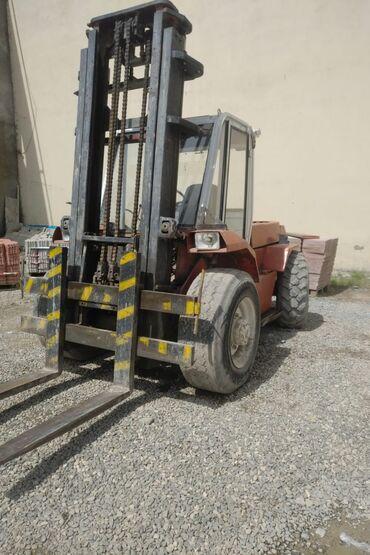Avtokar(Forklift),1992-ci il istehsalıdır,7 ton yük qaldırma