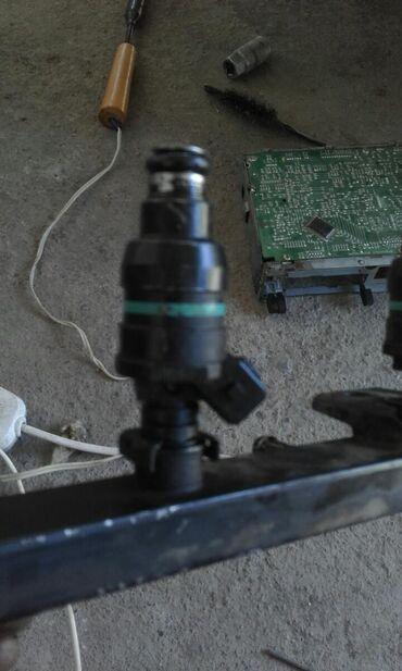 Автозапчасти в Кара-Кульджа: Куплю форсунка 4 штук вмв е36 м40 16