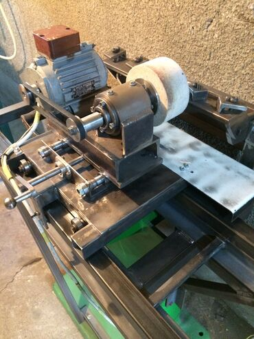 Оборудование для бизнеса в Беловодское: Срочно Заточной станок для фуговальных ножей и т.п