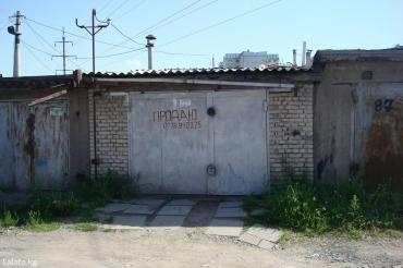 Продаю гараж, кирпичный, с подвалом (подвал под всей площадью в Бишкек