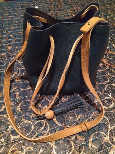 Продаю сумочку вместе с кошельком. почти новая. в Бишкек
