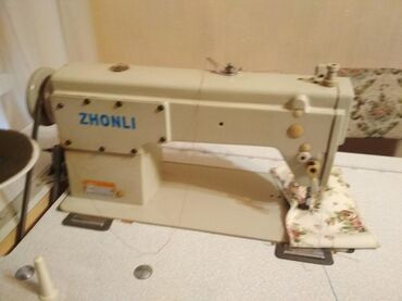 ручную-швейную-машину в Кыргызстан: Продаю швейную машинку машинка в хорошем состоянии