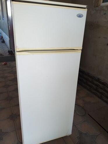 Б/у | Белый холодильник Atlant