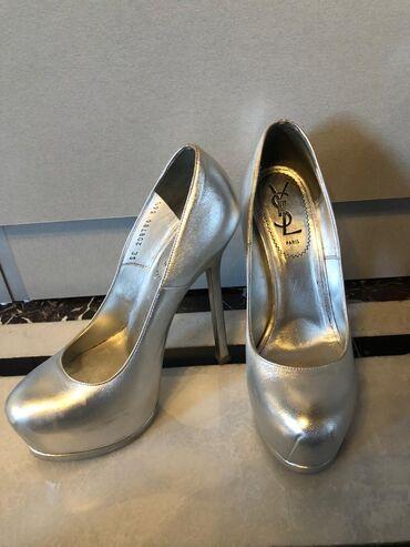 Yves Saint Laurent ayakkabi. Esldi 650$ almisam. 1 defe geymisem