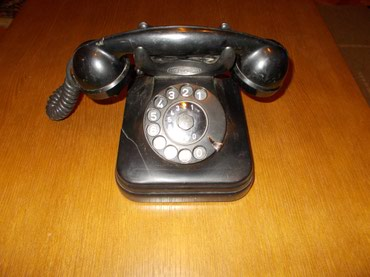 """Telefon iz """"OTPISANIH"""" stari telefon, veoma lep kao ukras. Možda je i - Lazarevac"""