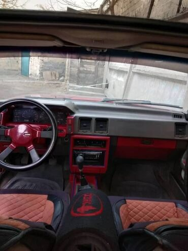 Транспорт - Тынчтык: Nissan Bluebird 2 л. 1989   123456789 км