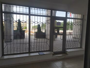 Сдаю помещение в центре города (лощадь Ала-Тоо) напротив фонтанов