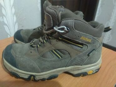 квартира берилет кок жар in Кыргызстан | ҮЙЛӨРДҮ САТУУ: Ботинки на мальчика, 35 размер, в отличном состоянии, немецкое