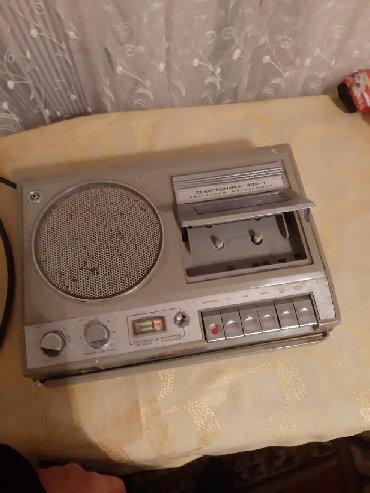 Antik maqintafon tam isllek veziyetdedi 1987 ci ilden bizdedi
