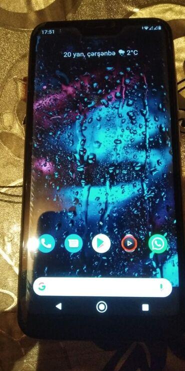 Электроника - Гюргян: Б/у Xiaomi Mi A2 32 ГБ Золотой