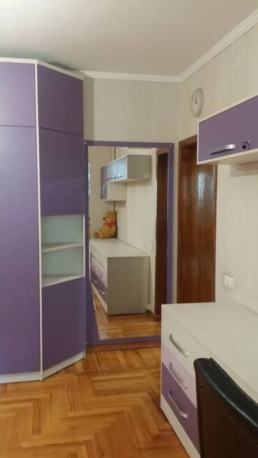 ищу 2 комнатную квартиру in Кыргызстан | ДОЛГОСРОЧНАЯ АРЕНДА КВАРТИР: Индивидуалка, 4 комнаты, 152 кв. м Теплый пол, Бронированные двери, С мебелью