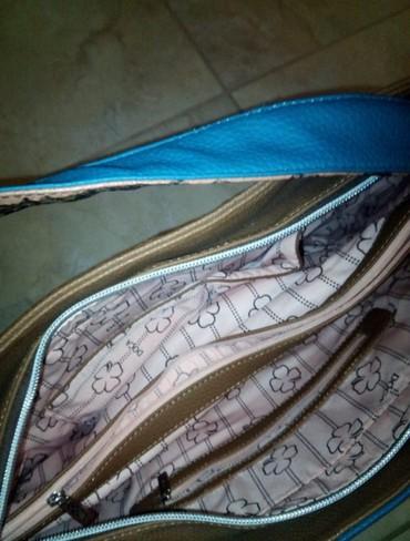 ΝΕΝΑ DOCA δίχρωμη τσάντα ταμπα-πετρολ σε Σκύδρα - εικόνες 3