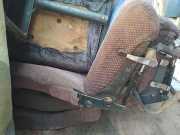 Продаю сиденья на бус откидные 14 штук по 1300 сом. в Кант