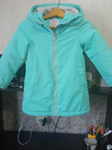 Личные вещи - Манас: Продаю пальто.5-6 лет