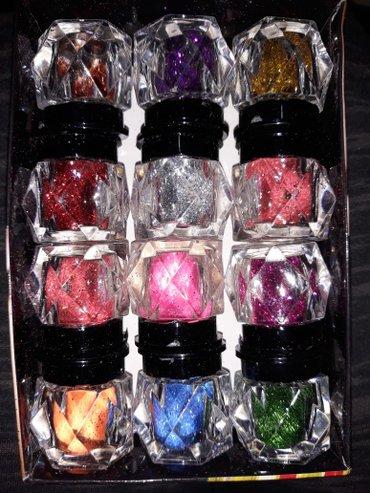 Na prodaju sljokice za nokte 200 din pakovanje od 12 kom - Novi Becej
