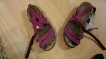 Cetka za ispravljanje kose - Kula: Grubin sandale za devojcice broj 32