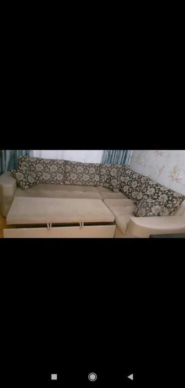 uqlavoy divan - Azərbaycan: Uqlavoy divan satilir.Yaxsi veziyyetdedir.Hec bir deffekti,cokmesi