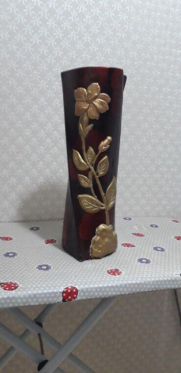 В хорошем состоянии ваза б/у