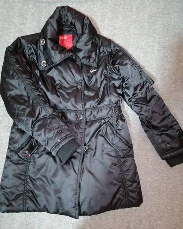 Ženske jakne - Beograd: Ženska crna jaknica za jesen/zimu