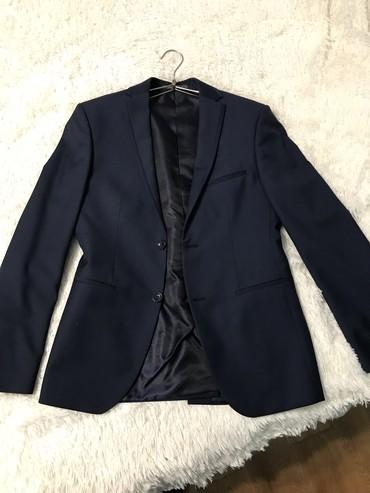 Костюмы - Кок-Ой: Костьюм темно синий одевал 1 раз  Состояние новый