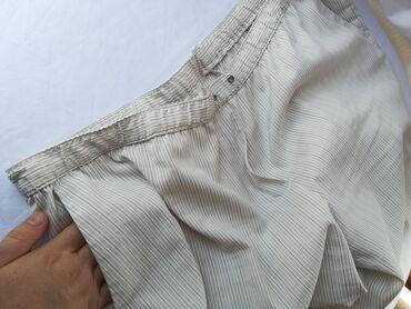 Pantalone berska - Srbija: Letnje pantalone -bermude 3xl.Duzina do ispod kolena,guma u struku,fin