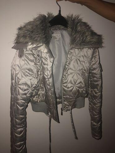 Zara kratka jakna, dobro ocuvana