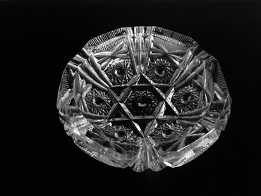 Хрустальная пепельница с объёмным изображением шестиугольника- Звезды