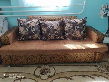 Продаю диван б/у отличного качества без запаха и пятен. Окончательно