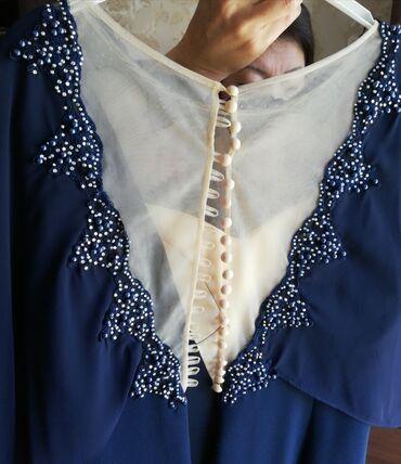 вечернее леопардовое платье в Кыргызстан: Продаются вечерние платья, синие-7500 сом (брали за 12000), один раз