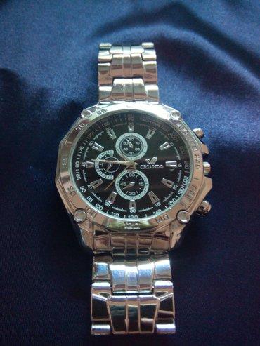 срочно срочно продам часы кварцевый, состояния новый, покупал не давно в Бишкек