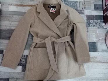 Ženski kaputi - Srbija: Zara kaput placen 5000 kao nov pise S ali je vise M