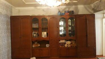 Мебель - Узген: Продаётся стенка 5 частей пр Украина красная дерево есть уступка