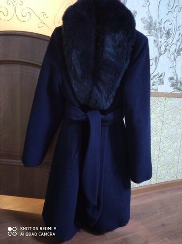 Пальто почти Новая размер 52 мех натуральный писец